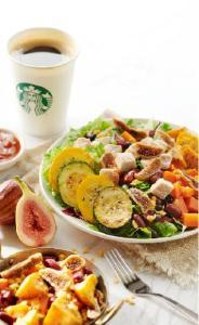 星级轻餐点亮午餐时光,解锁全新暖食体验 星巴克推出全新星级轻餐 三款暖食沙拉登陆武汉