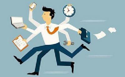 报告:职场新人中九成在加班 1/3薪水远低于预期