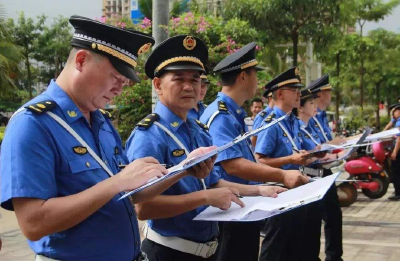 """武汉城管执法队伍建设3年达标行动实施 明年城管现场执法全面""""电子开单"""
