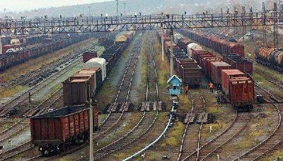 湖北省首条自主运营货运铁路开通 大幅降低运输成本