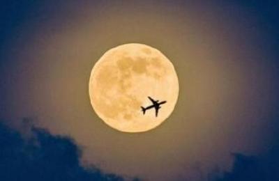 """年度超级月亮来了,元宵节将""""十五月亮十五圆"""""""