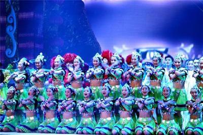 金牌绿叶:央视春晚上的湖北舞者