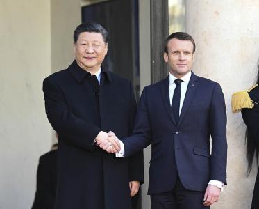 习近平在巴黎爱丽舍宫同法国总统马克龙会谈