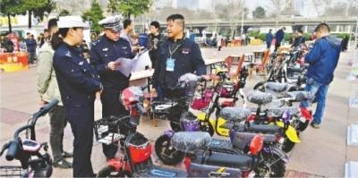 新国标电动自行车列入非机动车管理旧标车 5月底前仍可上牌