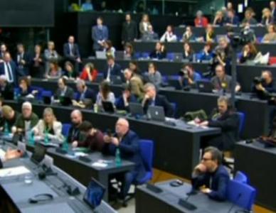 149票之差!英国首相的脱欧协议再次被议会否决