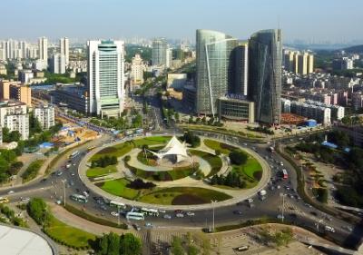 """软件业务年收入突破1800亿元 武汉获批""""中国软件特色名城"""""""