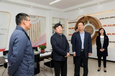 朱汉桥在江汉运河航道管理处调研时强调:政治要更突出、运行要更科学、发展要更高质、安全要更到位