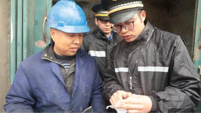 说城管城管说:江城90后城管队员变形记