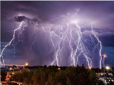 雷电黄色预警!湖北部分地区有雷电大风 请注意防范