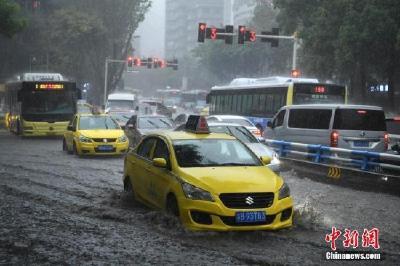 中央气象台发布暴雨蓝色预警:湖北湖南等地有暴雨