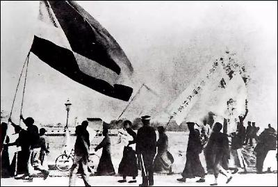 100年前的这一天,我们永远不会忘记!