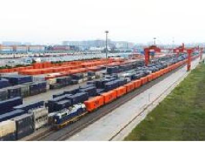 """湖北省""""丝路贸易""""5年突破4700亿元与吉尔吉斯斯坦贸易""""井喷""""334倍"""