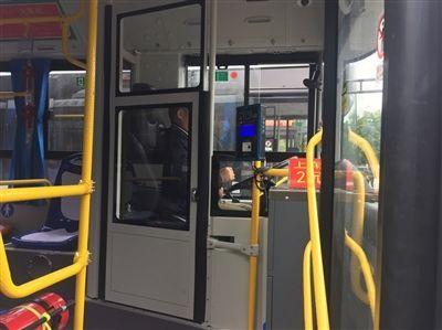 湖北超九成公交车已加装隔离门,本月底将达到100%