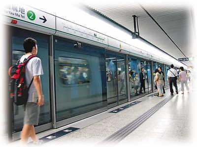 中国城市地铁排名出炉:普遍亏损 6城客运量不达标