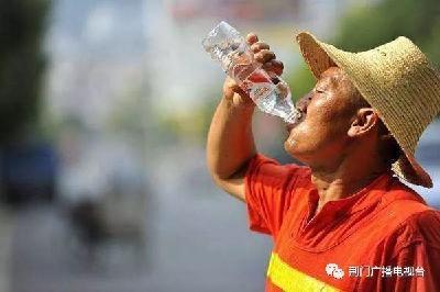全国总工会:不得以防暑降温饮料和药品充抵高温津贴