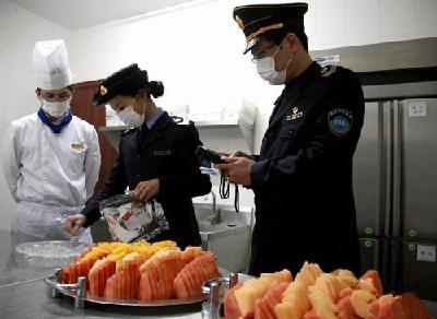 湖北警方公布食品打假十大典型案例 火锅底料添加罂粟壳招揽食客