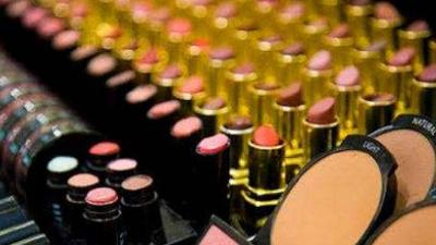 近三年,湖北省化妆品不良反应案例逐年增长