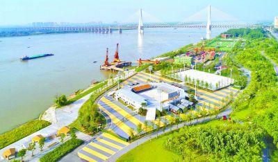 武汉绿色发展献上最美山水赛场