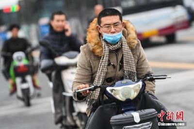较强冷空气将影响中国 华西地区多阴雨天气