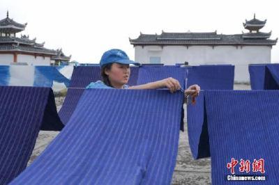 中国减贫70年:8亿多人口脱贫 谱写人类反贫史上的辉煌篇章