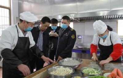 十堰市開展學校及周邊食品安全專項整治