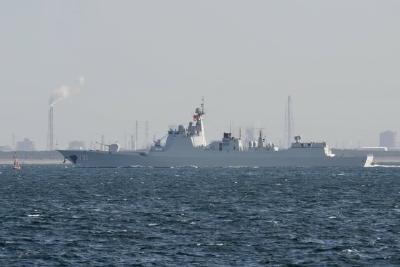 首次!中国海军舰艇抵达日本 将参加国际舰队阅舰式