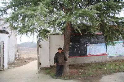 跟随李家富的脚步,看安陆40年山村教育巨变