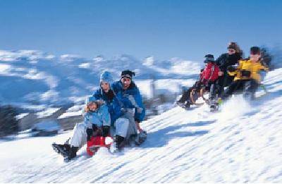 """需求上升、供给存短板 冬季旅游如何能""""热""""起来?"""