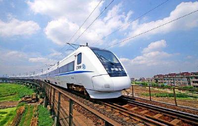 湖北高铁运营里程进入全国前十 武汉未来可形成十二个方向高铁通道