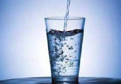 湖北省推行农村饮水安全明白卡 遇问题拨监督电话