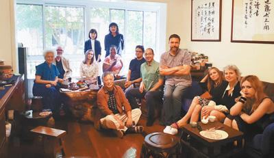 38个国家的100位作家 他们叙述着中国故事