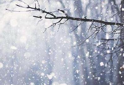 武汉迎今冬首场雪 本周湖北全省气温持续走低