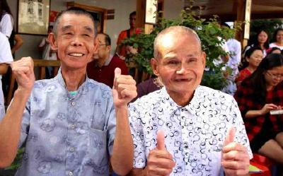 """""""花甲""""人口占比超18% 中国如何实现""""老有所养""""?"""
