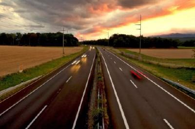 湖北2020年拟建成20条高速公路 力争一年新增1000公里