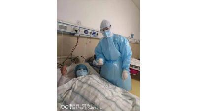 天门市一线护士长卢丽君:平凡如你 温暖有光