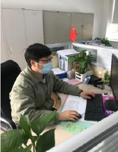 """湖北宜昌: 防疫不出门 """"指尖办电""""保民生"""