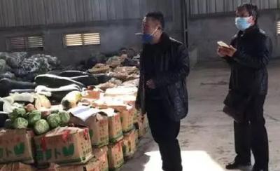 暖心!山東30噸愛心蔬菜馳援團風縣