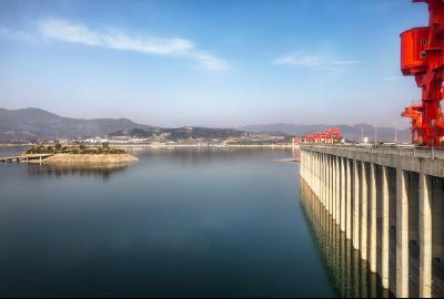 三峡水库去冬今春已累计向下游补水超100亿立方米,全力支援长江中下游地区复工复产和春耕灌溉