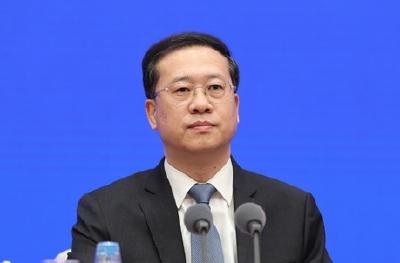 外交部:3月已包机接回中国公民1457人 中转滞留人员已全部安全回到国内