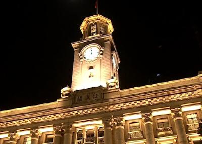 英雄的城市,英雄的人民,江汉关4月8日零点的钟声敲开了武汉人民的心扉!