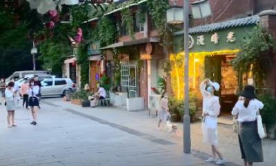 熟悉的昙华林回来了!有游客从广西、湖南跑来……