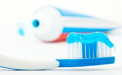新规出台:牙膏将参照普通化妆品管理 明年1月1日起施行