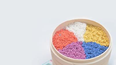治愈系美食:五色糯米饭!