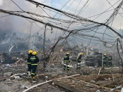 已致18人死亡!浙江温岭槽罐车爆炸现场搜救仍在进行中