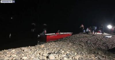 痛心!1人落水7人施救,重庆8名小学生溺亡