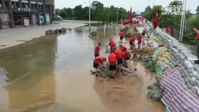 凌晨抵达清晨投入战斗,东部战区某舟桥旅抵达九江防汛