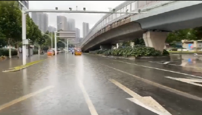 截至7时,武汉所有路段无渍水,预计未来一小时部分地区有零星小雨