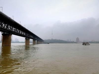 刚刚,武汉市防汛应急响应等级由Ⅲ级调整为Ⅳ级