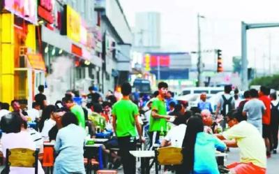 """""""夏日经济""""激发消费新活力 武汉小店消费复苏率近80%"""