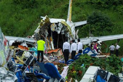 印度客机事故死亡人数升至18人